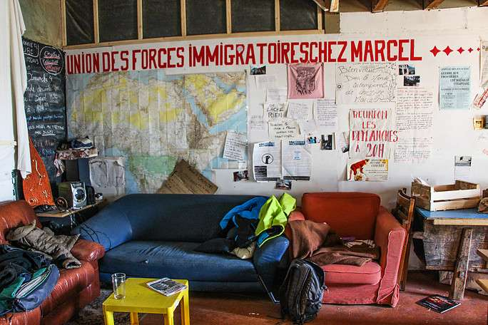 squat migrants