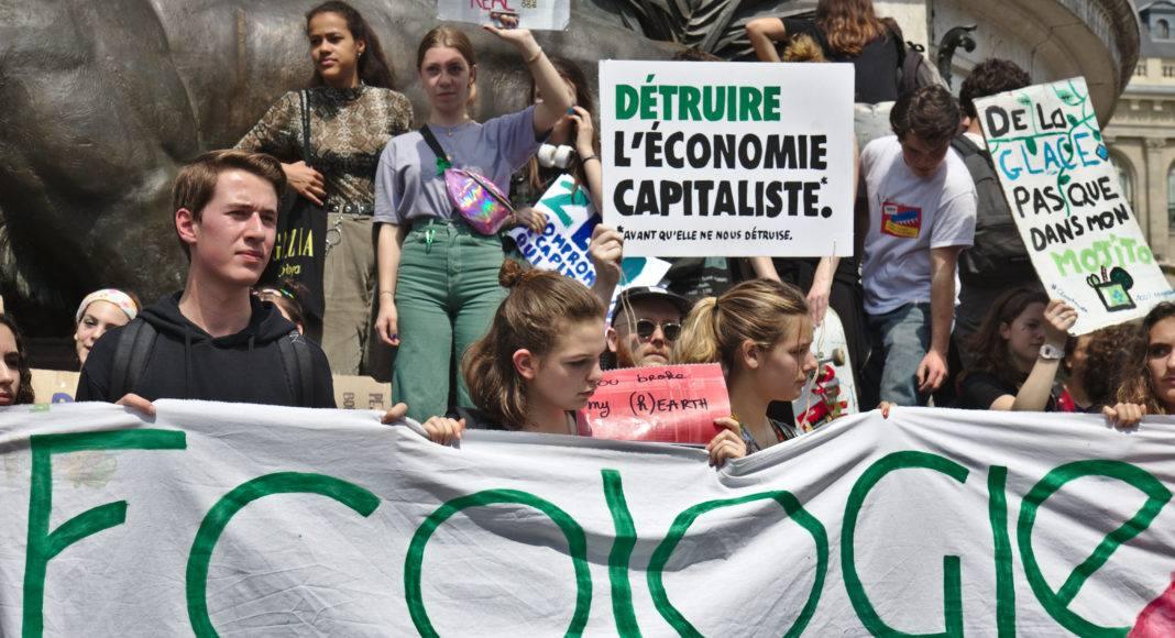 Sur la place de la République à Paris le 24 mai, lors de la grève mondiale pour le climat. Photo Pierre-Olivier Chaput