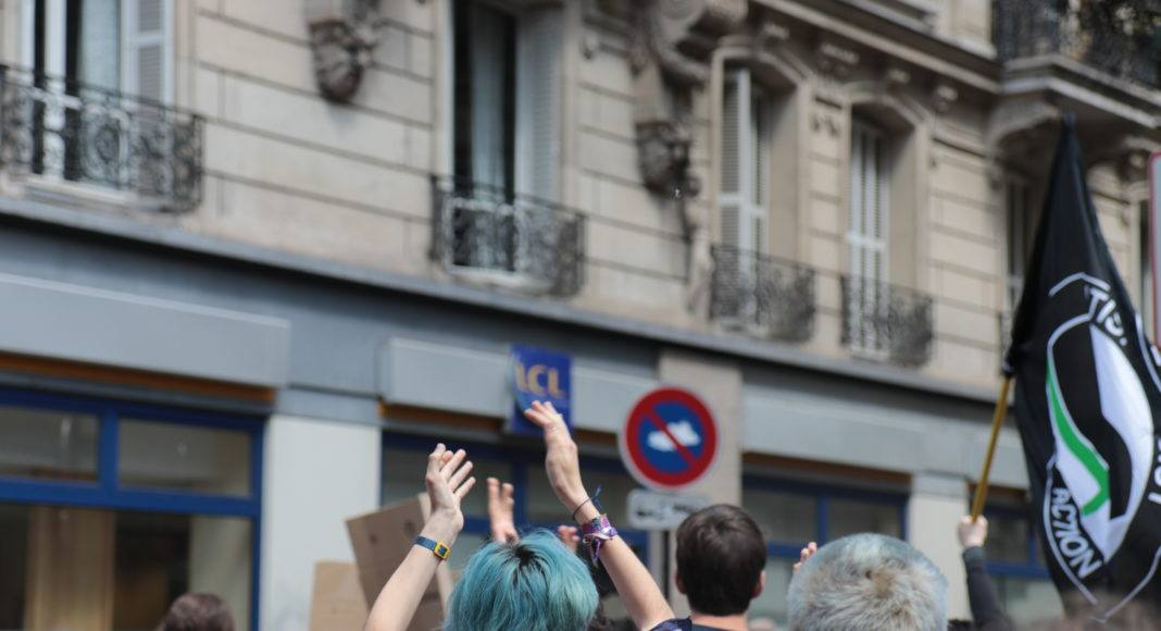 Les slogans de la marche de la grève mondiale pour le climat étaient aussi bien écologistes qu'antifascistes et anticapitalistes. Photo Pierre-Olivier Chaput
