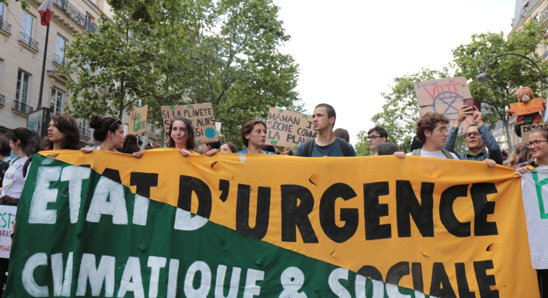 Devant l'Opéra de Paris le 24 mai, lors de la grève mondiale pour le climat. Photo Pierre-Olivier Chaput