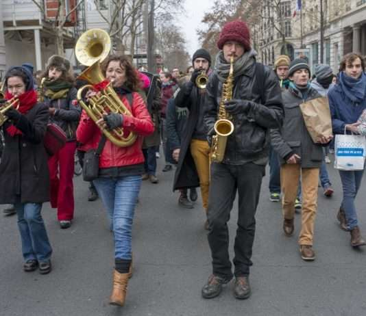 documentaire violoncelle La Fanfare Invisible