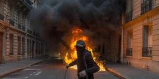Romain Huet émeute