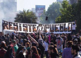 Depuis jeudi 17 octobre, les manifestations sont quotidiennes à Santiago du Chili. Crédit : Frente Fotografico