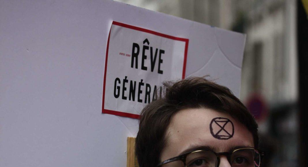 A Paris le 5 décembre. Photo Pierre-Olivier Chaput pour Radio Parleur