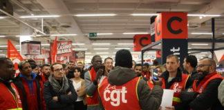 mobilisation des salariés du groupe Casino au Géant Masséna à Paris le 26 novembre 2019. Photographie : Pierre Louis Colin pour Radio Parleur.