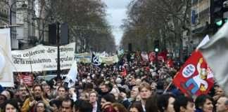 À la manifestation du 17 décembre à Paris contre le projet de réforme des retraites. Photographie : Pierre-Olivier Chaput pour Radio Parleur.