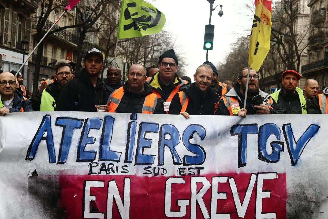 Syndicalistes de la SNCF en manifestation