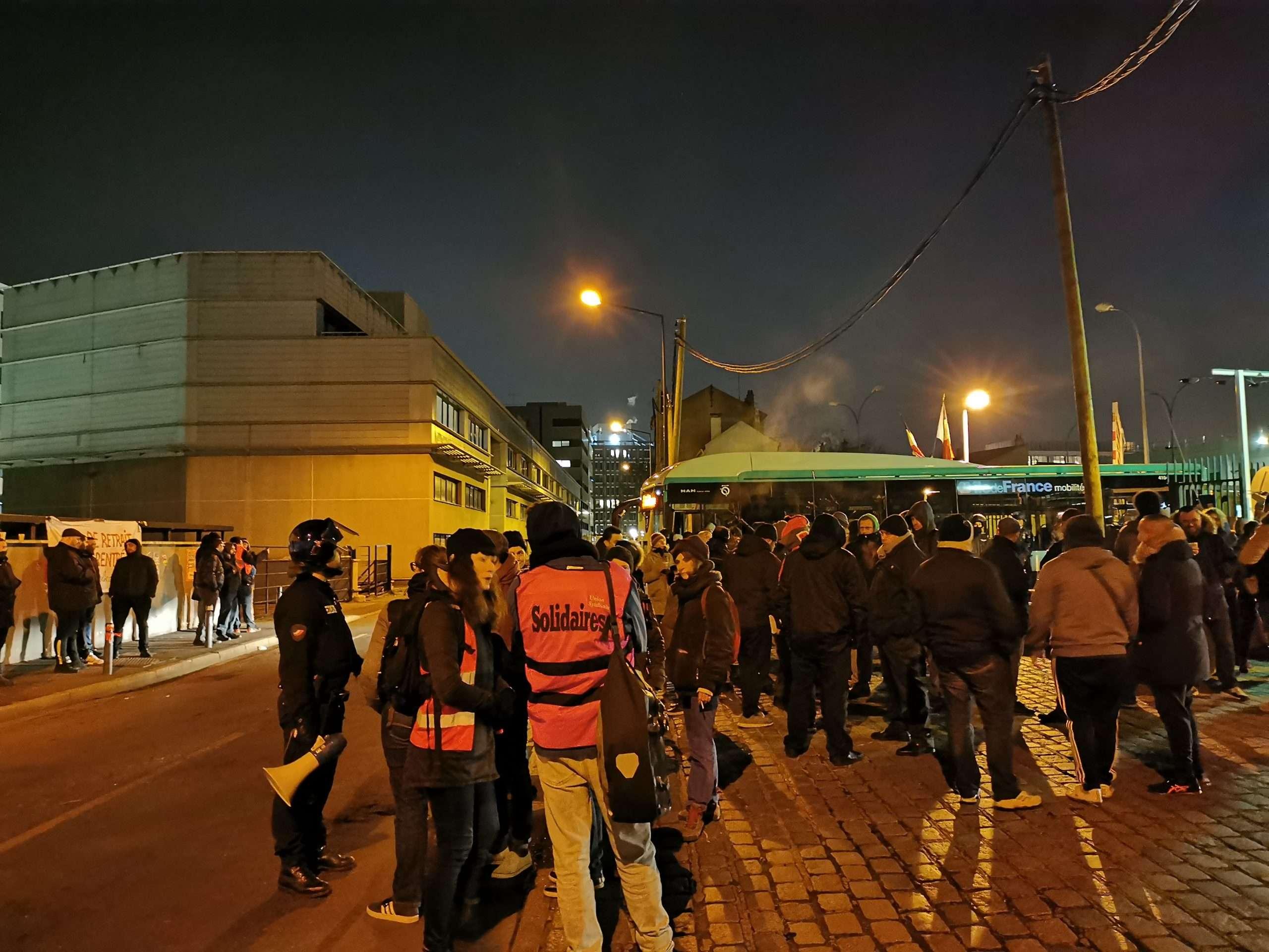 Blocage des dépôts de bus RATP contre la réforme des retraites