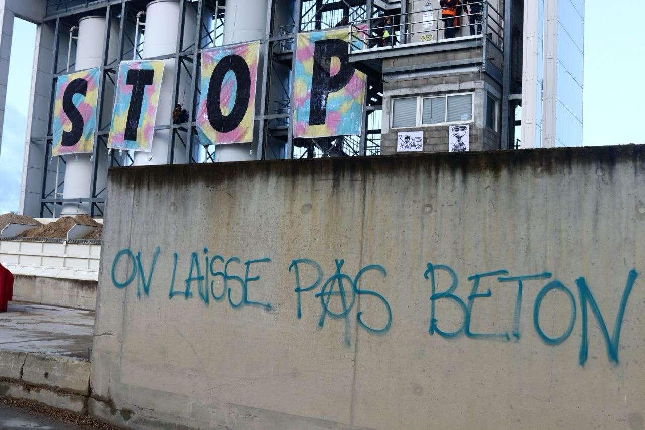 béton extinction rebellion blocage