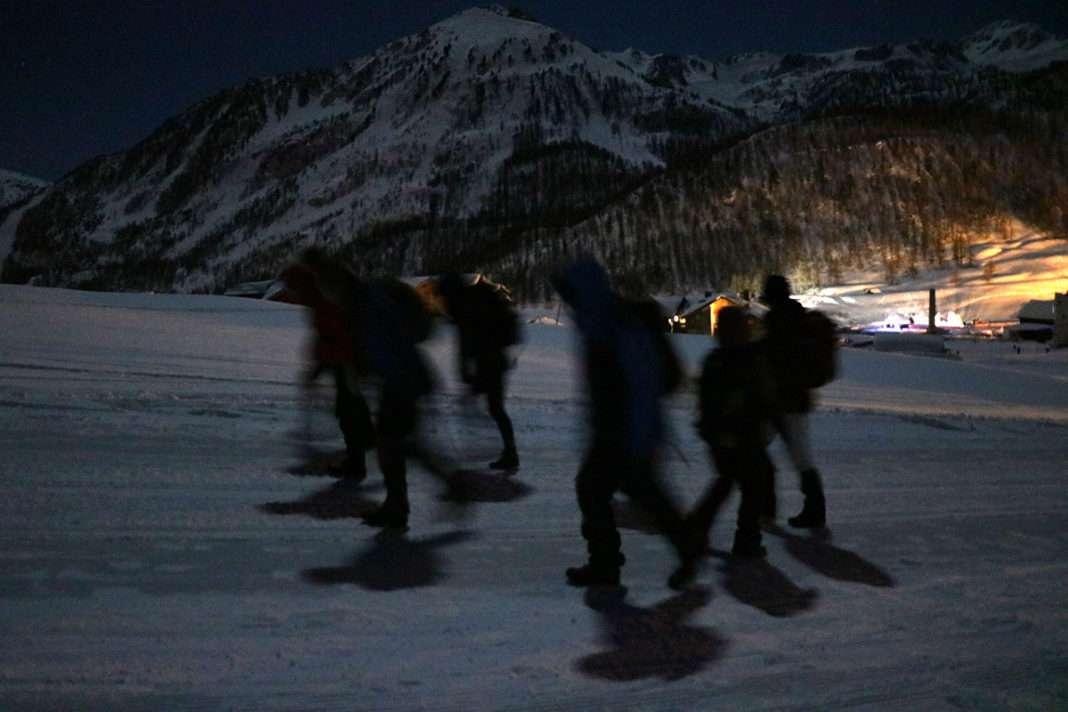groupe de maraudeurs Montgenèvre alpes migrants 7 mars - Photo La Cimade
