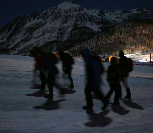 groupe de maraudeurs Montgenèvre alpes migrants 7 mars - Photo La Cimade