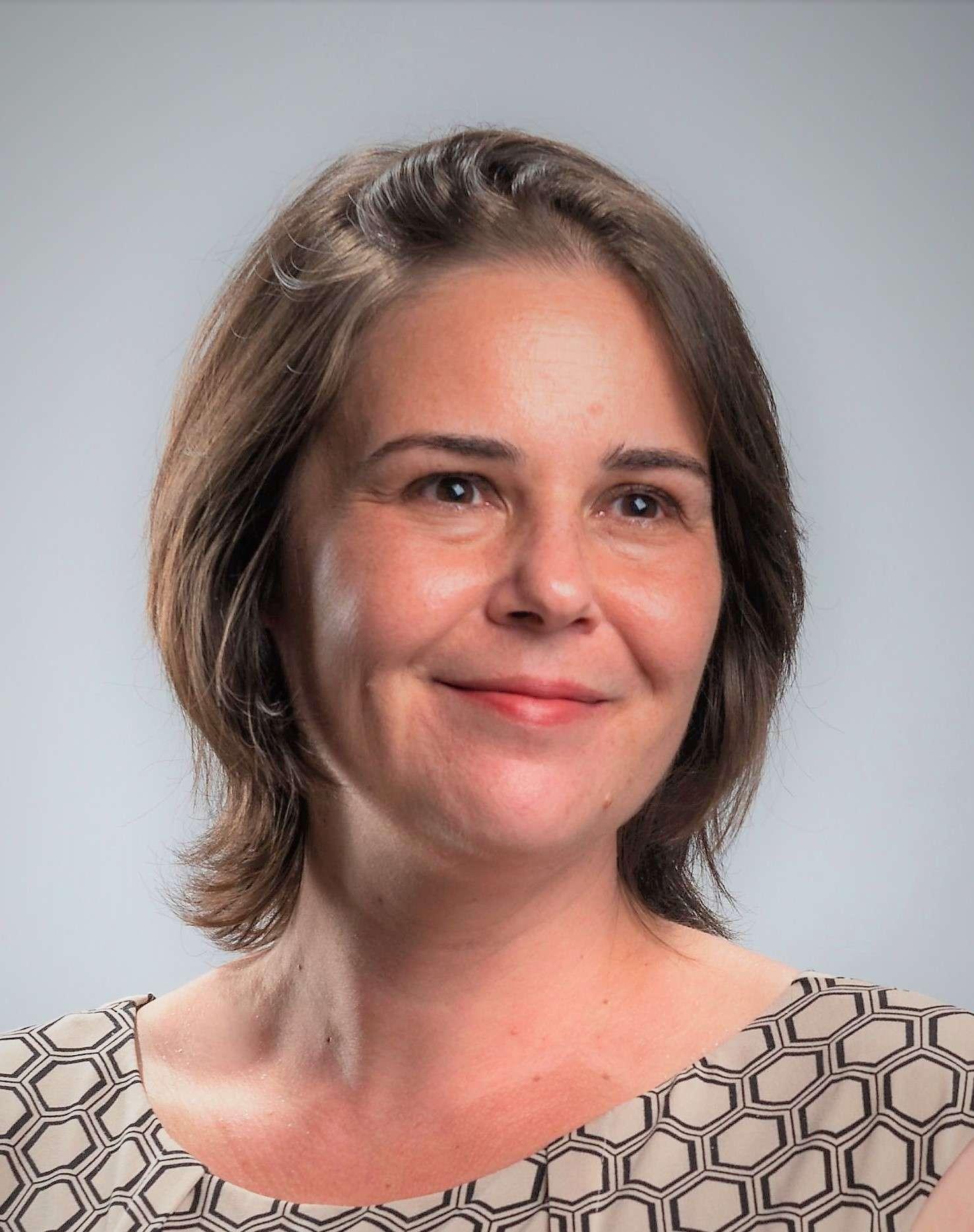 Portrait de Gwenola Ricordeau. Crédit : Jason Halley/University Photographer/CSU Chico.