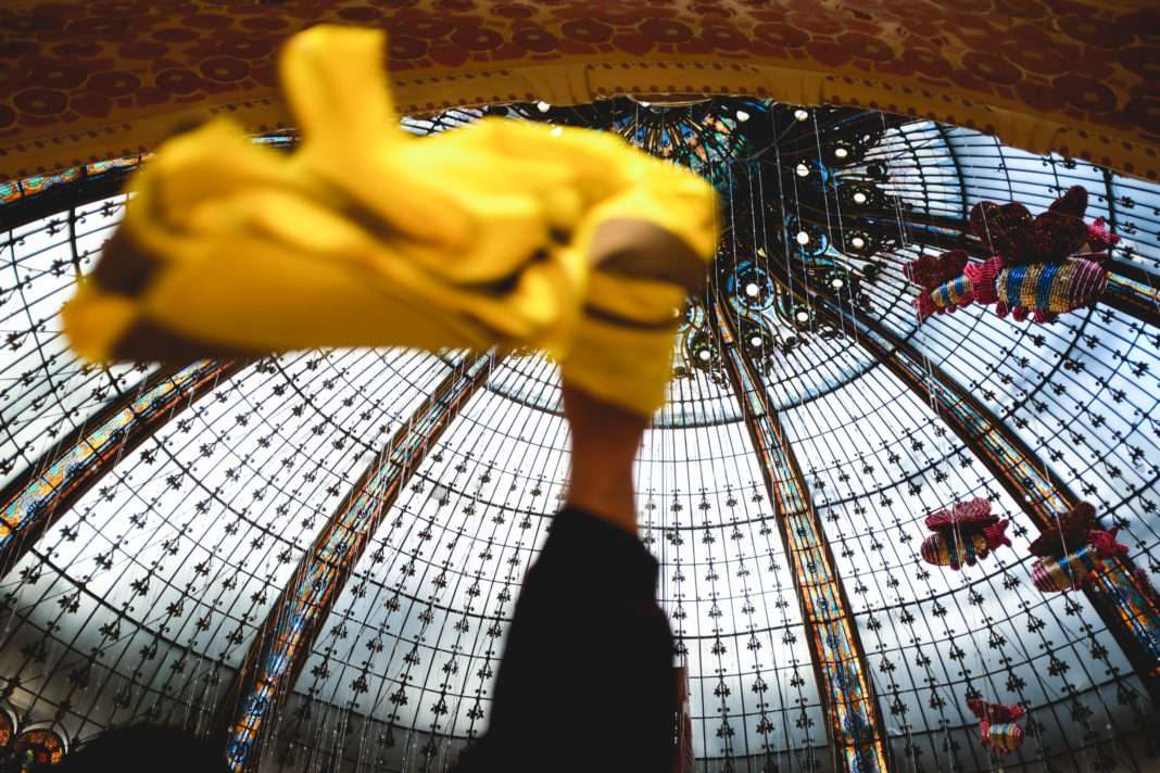 Dimanche 17 novembre 2019, gilets jaunes se sont rentrés dans les galeries Lafayettes à Paris.
