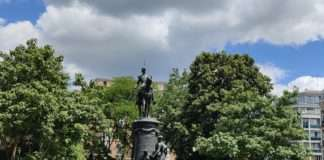 Faidherbe déboulonner statue