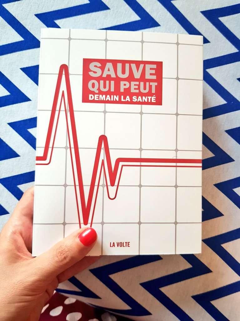 """Couverture du livre """"Sauve qui peut, demain la santé"""" aux éditions La Volte. Photographie : La Volte"""