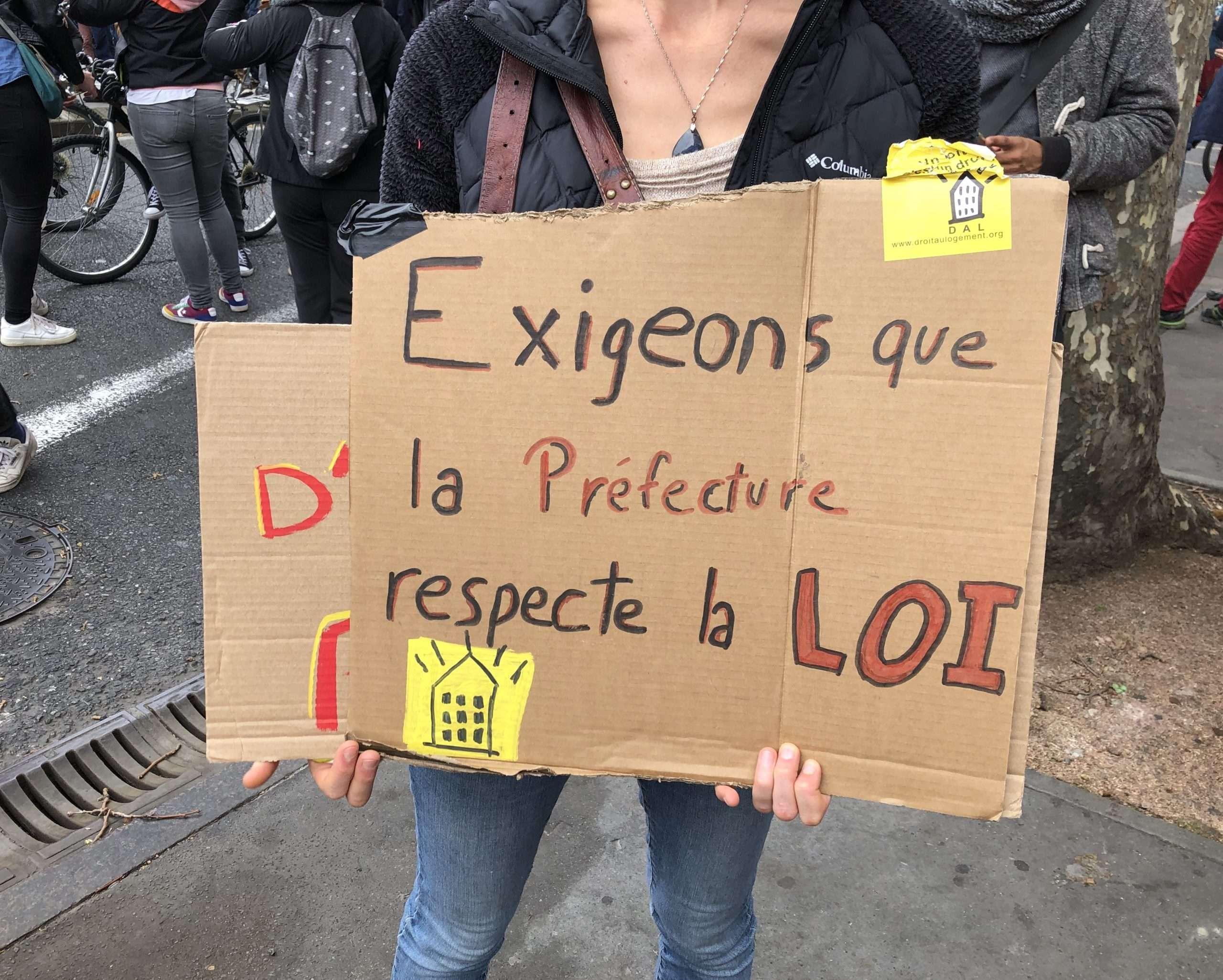 L'association du droit au logement (DAL31) était présente à la manifestation du 7 novembre à Toulouse. Photographie : Auriane Duroch-Barrier pour Radio Parleur