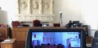 Procès Bure salle audience justice